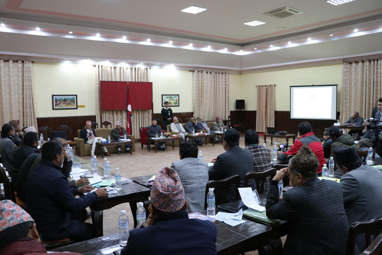 प्रधानमन्त्री केपी शर्मा ओलीको अध्यक्षतामा बसेको राष्ट्रिय पुनर्निर्माण परामर्श परिषद्को चौथो बैठक ।